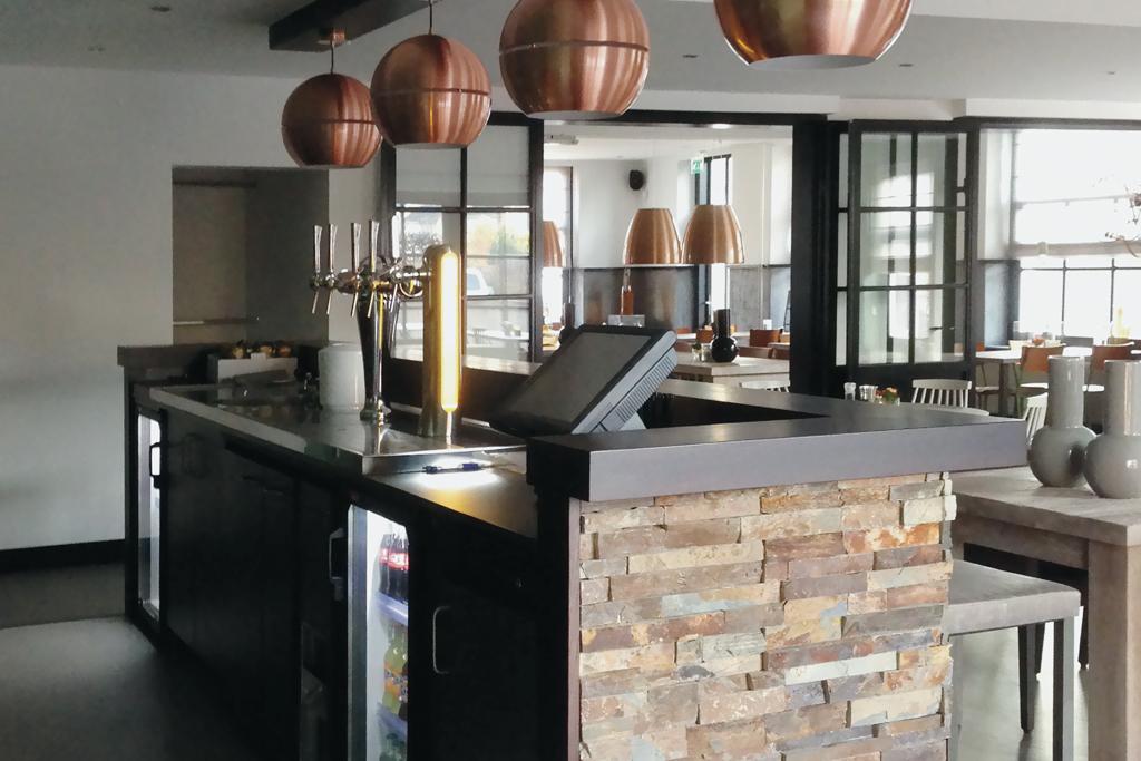 Maatwerk bar, Aengenaam